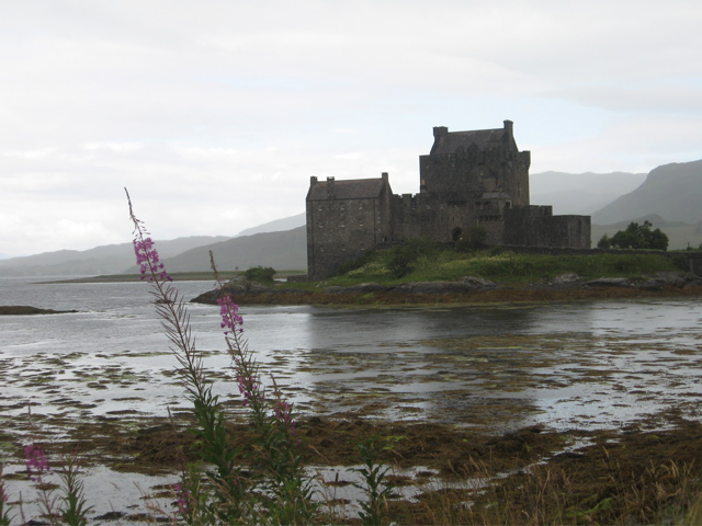 castleisleofskye.jpg
